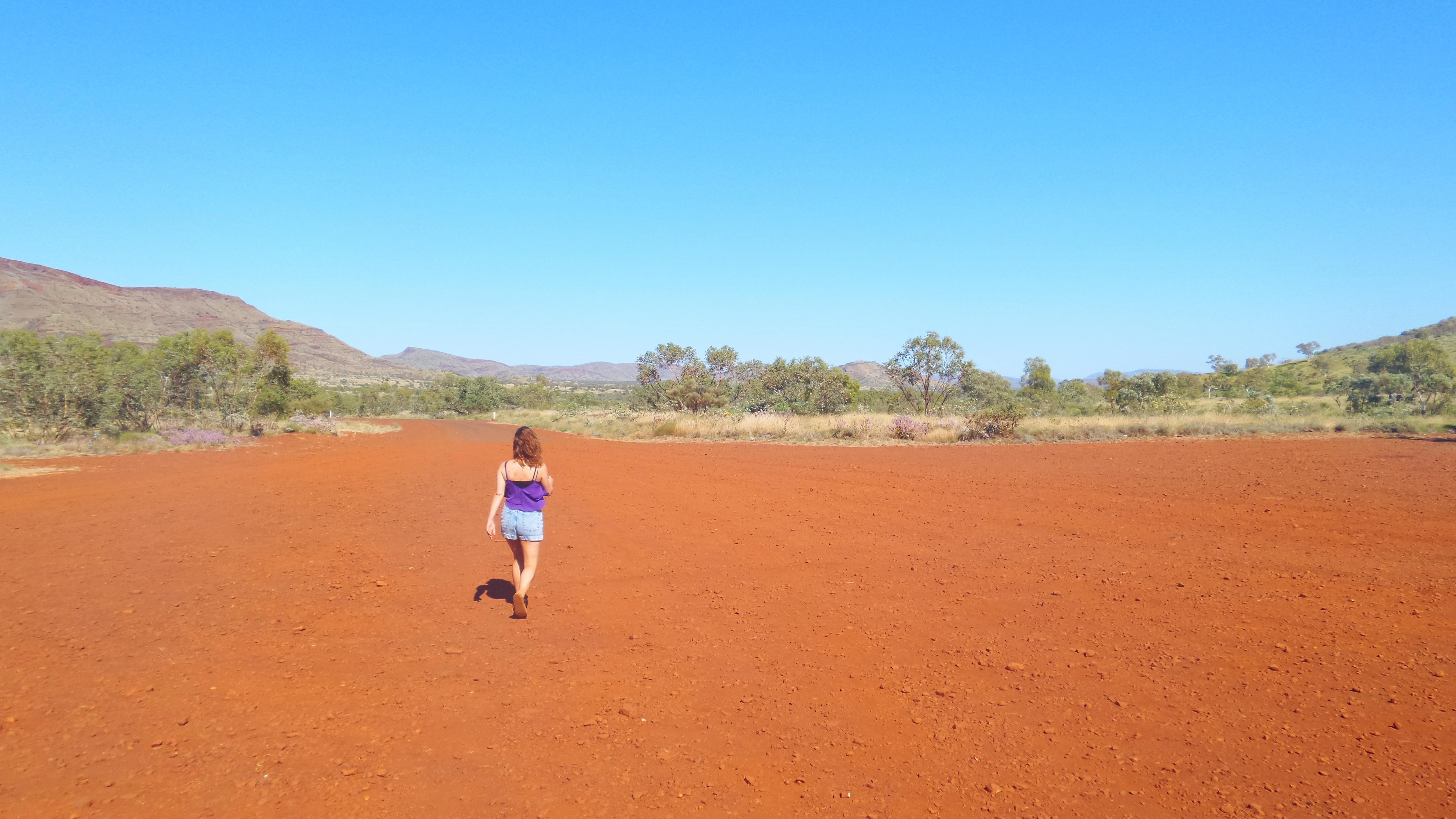 walk Australian Outback